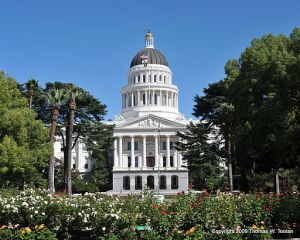 California_State_Capitol_Building_512